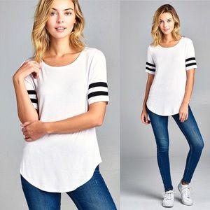 20% OFF 2+🌟athletic stripe short sleeve tee white